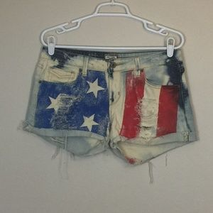 LEVI'S 545 Jeans Distressed Custom Flag Shorts 6